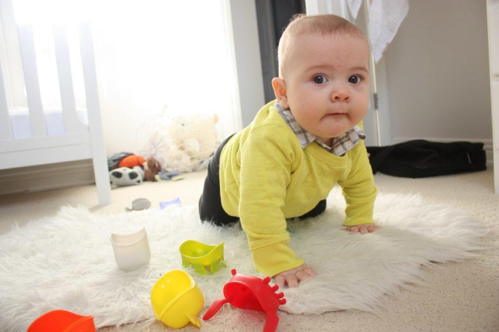 Развивающие игры для детей 6-7 месяцев